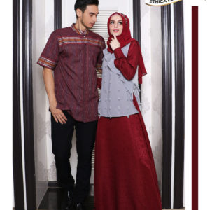 Couple 15 Maroon