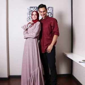 Couple 23 Maroon
